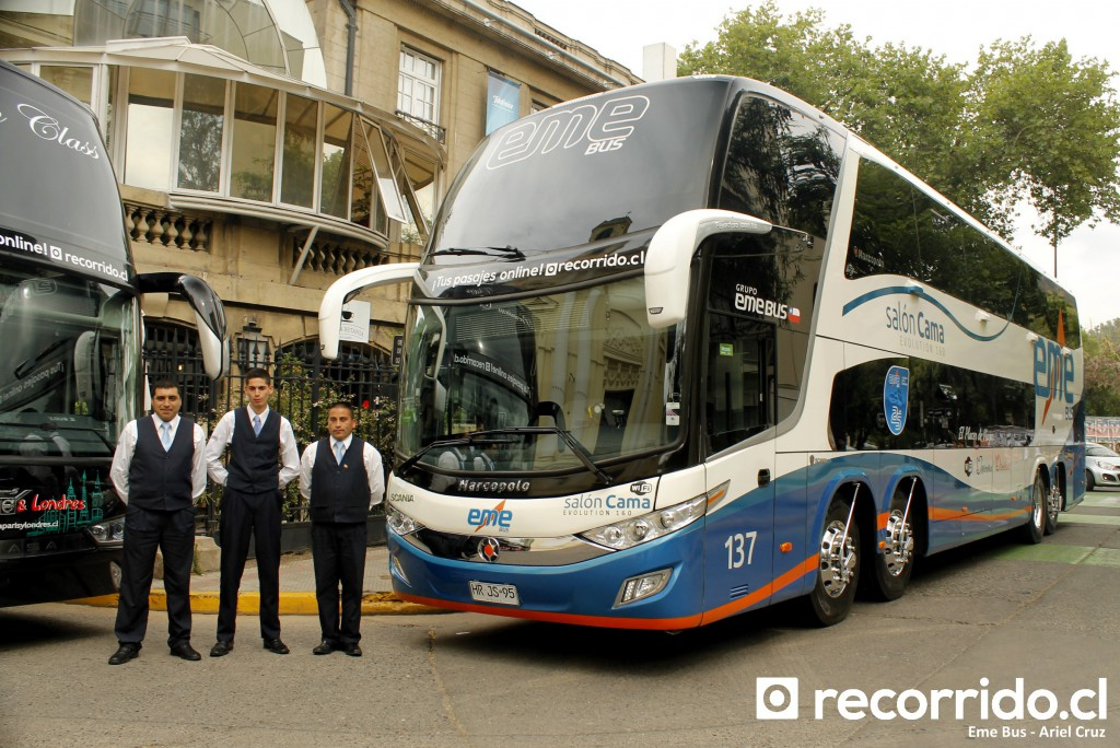 eme bus - 137 - recorridocl - tripulación - paradiso 1800 dd - scania - hrjs95 - providencia 225 - auxiliar jean pierre gajardo zelada - conductores cristian alejandro rua cofré y miguel guiñez roa - hrjs95