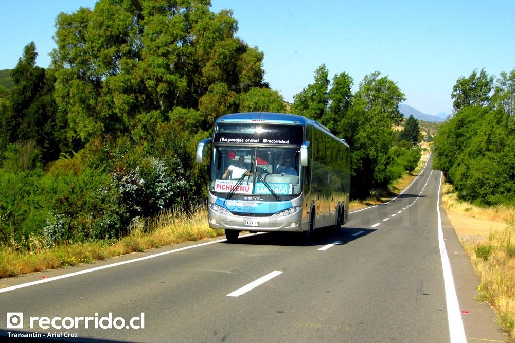 Bus de Transantin en ruta Melipilla - Litueche - Pichilemu