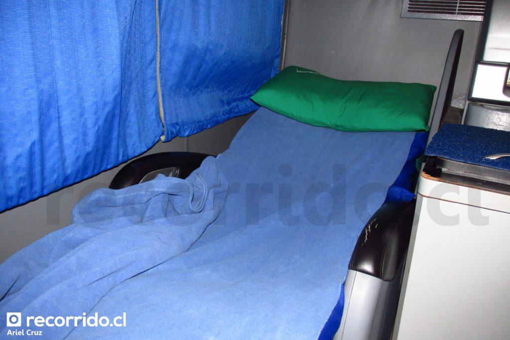 Asiento Cama Suite de Bus Norte, con colchoneta, sábana y frazada